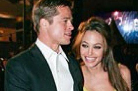 Джоли и Питт судятся с таблоидом за клевету