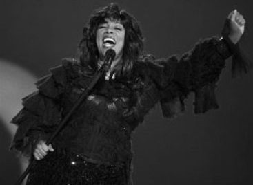 Умерла «королева-диско» Донна Саммер