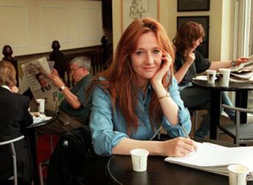 Джоан Роулинг снова собирается писать книги для детей