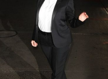 Беременная Ким Кардашьян одевается не как женщина