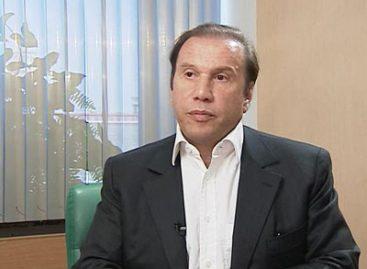 Батурин снова обвиняет Рудковскую в мошенничестве