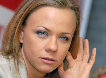 Телеведущая Елена Перова оказалась в больнице