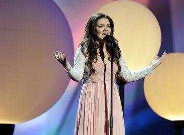 Зрителям не понравилось платье Дины Гариповой