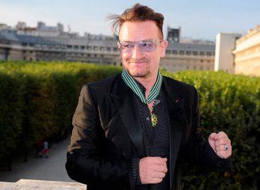 Солист группы U2 получил высшую французскую награду в области культуры
