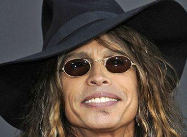 Лидер группы Aerosmith отмечает День рождения