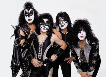 О группе Kiss снимут фильм