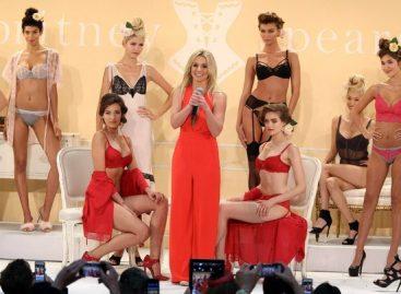 Бритни Спирс представила коллекцию «Intimate Britney Spears»