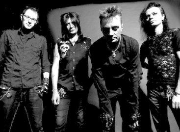 The Matrixx назвали новый альбом «Резня в Асбесте»