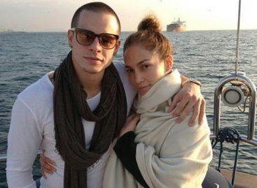 Дженнифер Лопес опровергла слухи о возобновлении отношений с Смартом