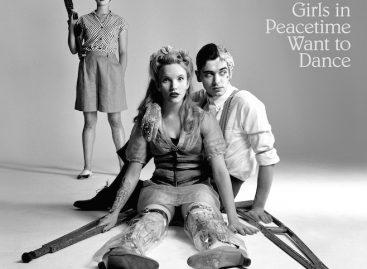 Belle & Sebastian рассказали о альбоме «Girls In Peacetime Want To Dance»