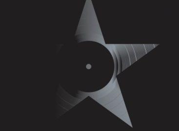 «Blackstar» Дэвида Боуи возглавил чарты российского iTunes