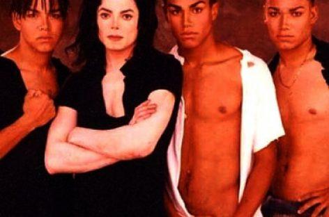 Племянники Майкла Джексона готовят иск на  $100 млн за клевету
