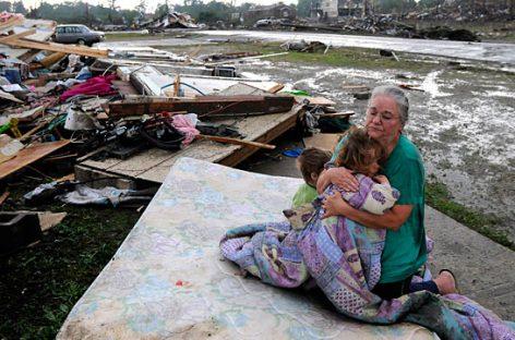На юго-востоке США число жертв урагана «Мэттью» достигло 27 человек