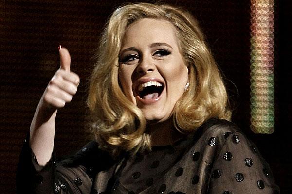 Адель стала артистом года поверсии издания Billboard