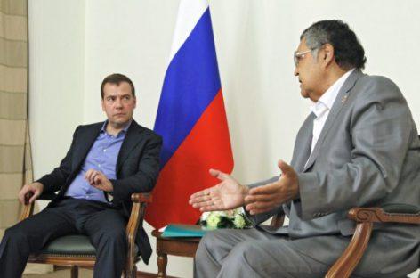 Глава Кемеровской области обратился к Дмитрию Медведеву с просьбой остановить рост цен на бензин
