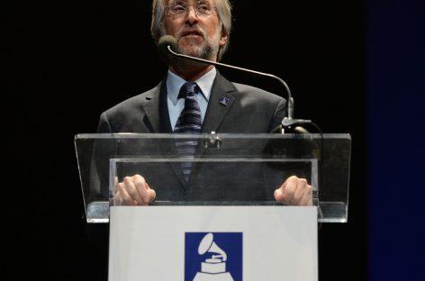 Президент Академии звукозаписи США прокомментировал обвинения в расизме