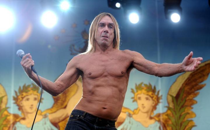Крестный отец панк-рока Игги Поп отмечает свое 70-летие