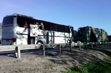 В Тульской области произошло столкновение пассажирского автобуса с фурой