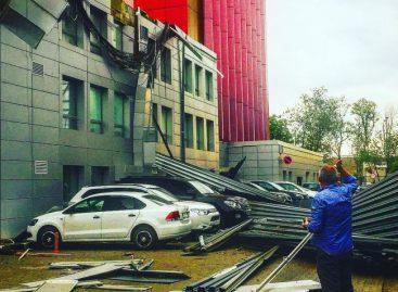 Ураган, поразивший Москву, пройдет мимо Беларуси