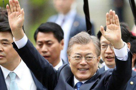 Рейтинг нового президента Южной Кореи значительно вырос