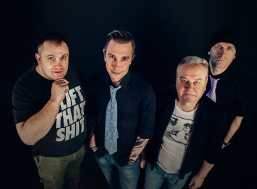Рокеры из группы Casual запустили акцию в преддверии «Главного приключения лета»