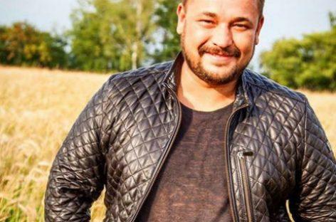 Сергей Жуков успокоил своих фанов