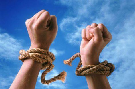 Лечение наркомании и алкоголизма: с чего начать родным?
