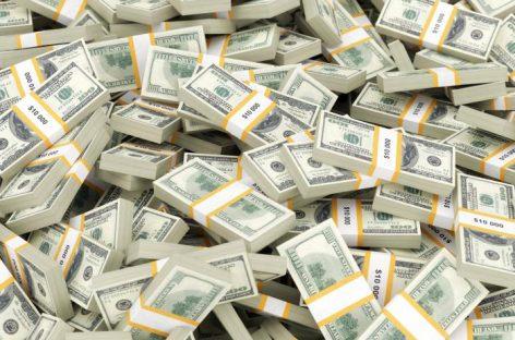 Названы самые богатые российские олигархи