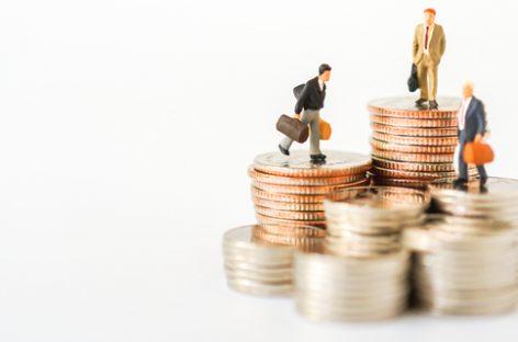 Падение зарплат по регионах: снижение в 69 регионах из 85