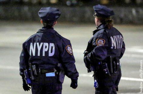 В США зафиксировано тысячи случаев заболевания полицейских коронавирусом