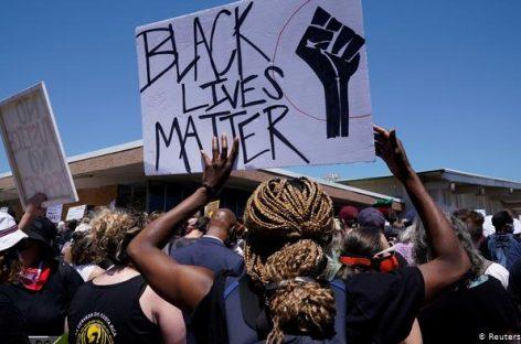 Американские звезды присоединились к протестам в США