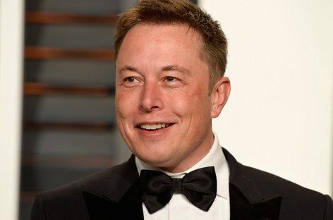 Bloomberg Billionaires Index: Маск попал в тройку самых богатых людей в мире