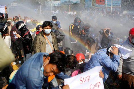 В ЕС готовят санкции в отношении виновных в перевороте в Мьянме