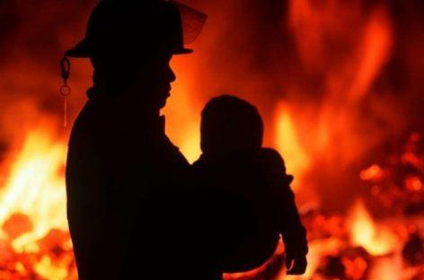 В МЧС РФ рассказали о смертности детей при пожарах